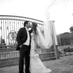 bride_groom_kiss_wedding_veil