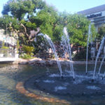 grove_LA_fountain_dancing_water