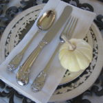 fab_tip_holiday_thanksgiving_place_setting