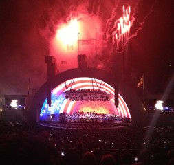 the_fab_mom_dot_com_hollywood_bowl_fireworks