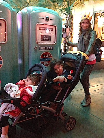 jill_simonian_disney_california_adventure_cars_land_toddlers