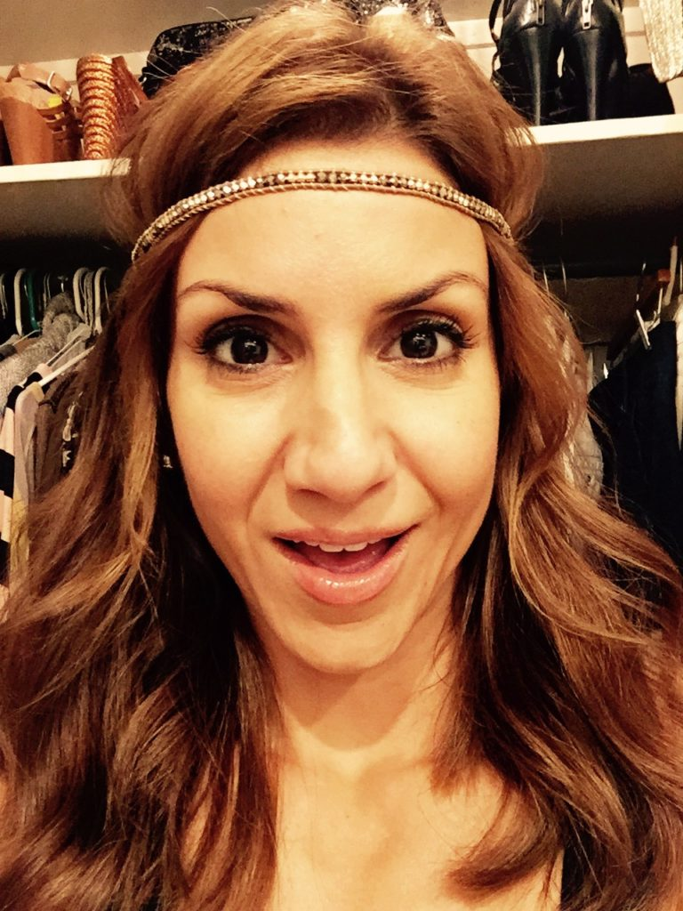 jill-simonian-the-fab-mom-stella-and-dot-necklace-mom-style-headband