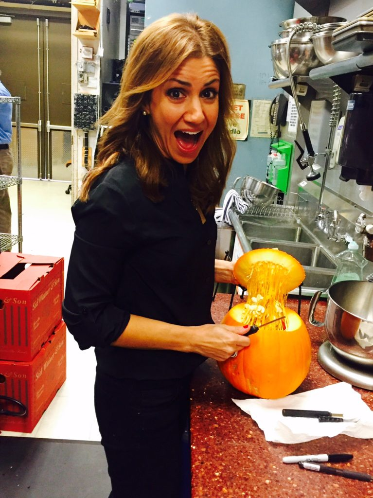 jill-simonian-the-fab-mom-pumpkin-today-show-halloween