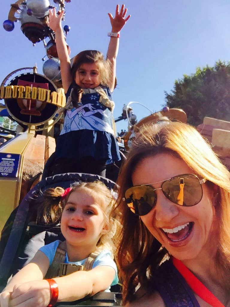 jill-simonian-the-fab-mom-disneyland-kids-tomorrowland