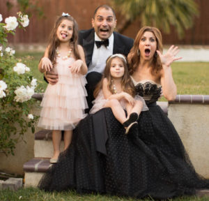 jill-simonian-the-fab-mom-new-years-family-picture-fun