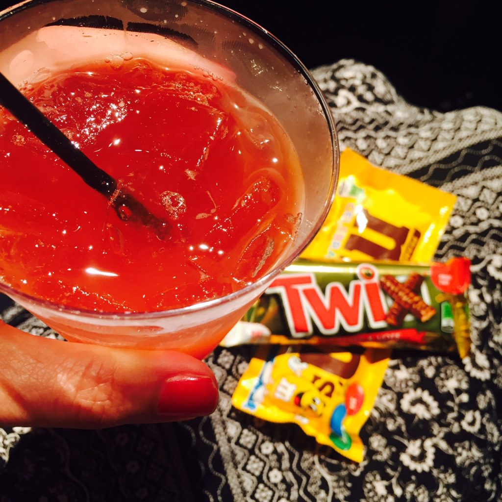 drinking-in-front-of-your-child-cocktail-candy