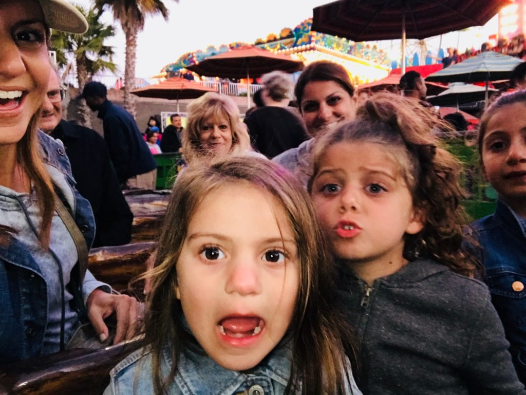 family-vacatioin-tradition-santa-cruz-boardwalk-rides