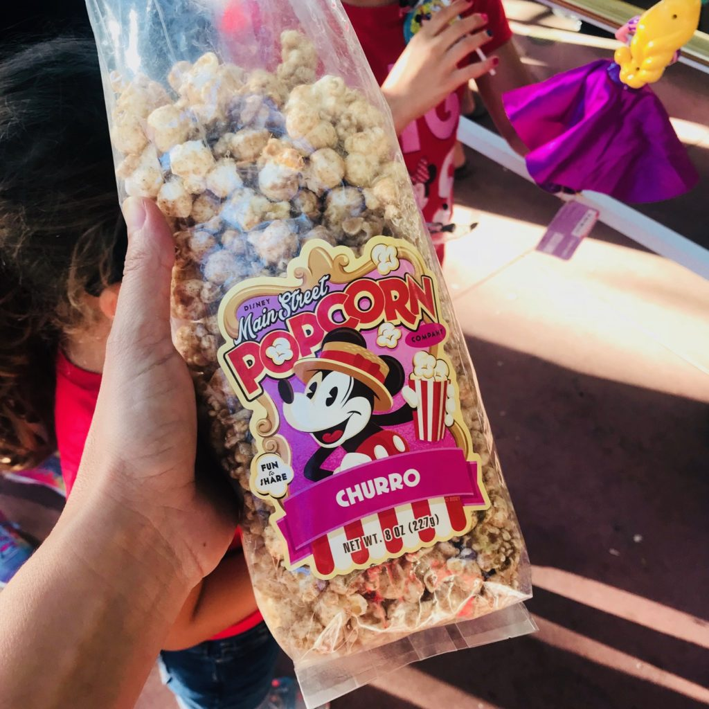 disneyland-tips-food-churro-popcorn
