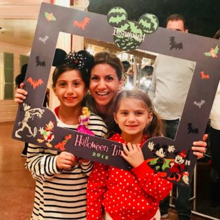 fab-mom-disneyland-2018-halloween-family-tips