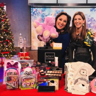jill-simonian-fab-mom-ktla-lynette-romero-holiday-gift-guide-family